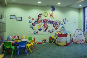 Gold's Gym Children Room
